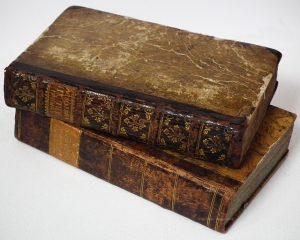 old-books-roohanialoom